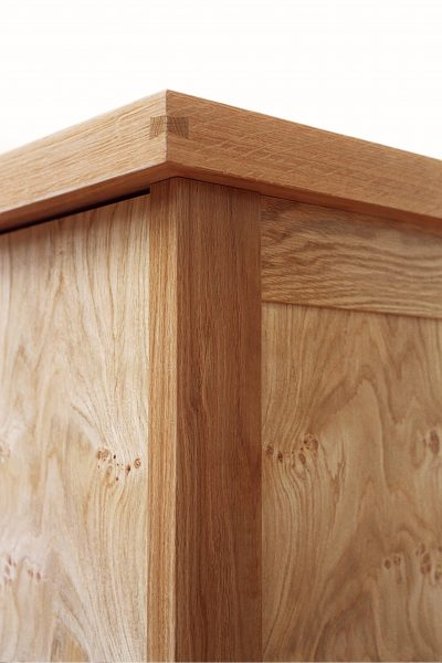 cornice-featuring-dovetailed-spline-joinery