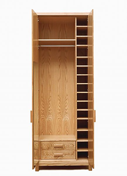 Her-pippy-oak-wardrobe-with-shoe-storage-and-drawers