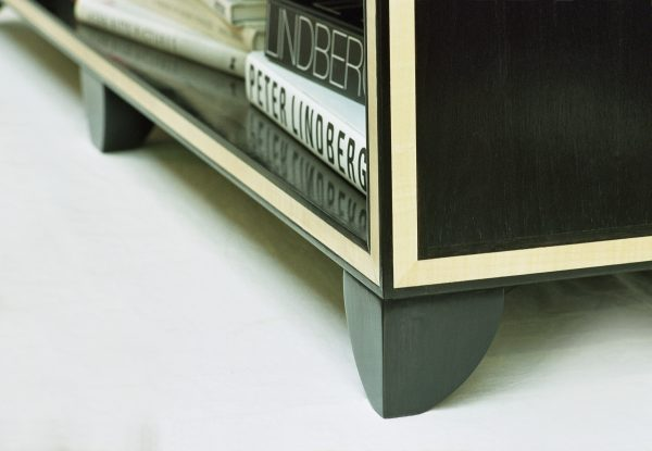 Luxury-bookcase-inlay-detail