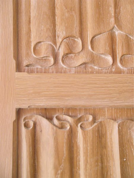 detail-photo-of-linenfold-panel-sambrownfurniture