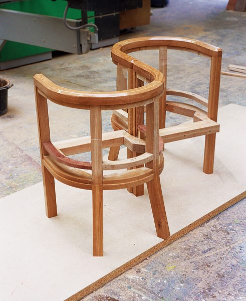 Love-seat-making-tub-chairs